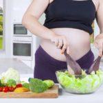 Jesteś w ciąży? Jedz warzywa i owoce!