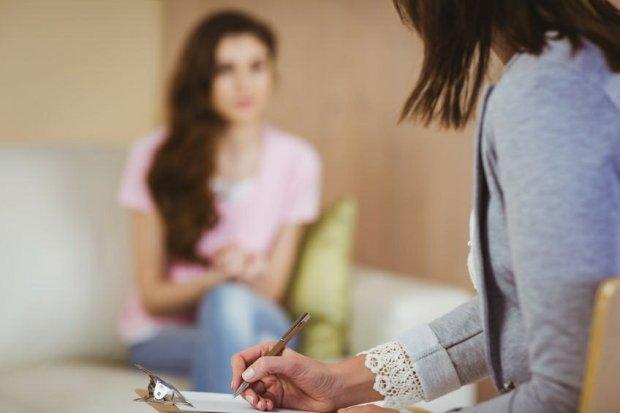 Dlaczego wstydzimy się korzystać z pomocy psychologa?