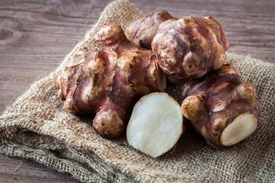 Topinambur – poznaj jego właściwości lecznicze i zastosowanie w kuchni