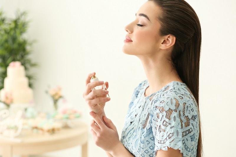 5-zasad-wyboru-perfum-do-biura-1