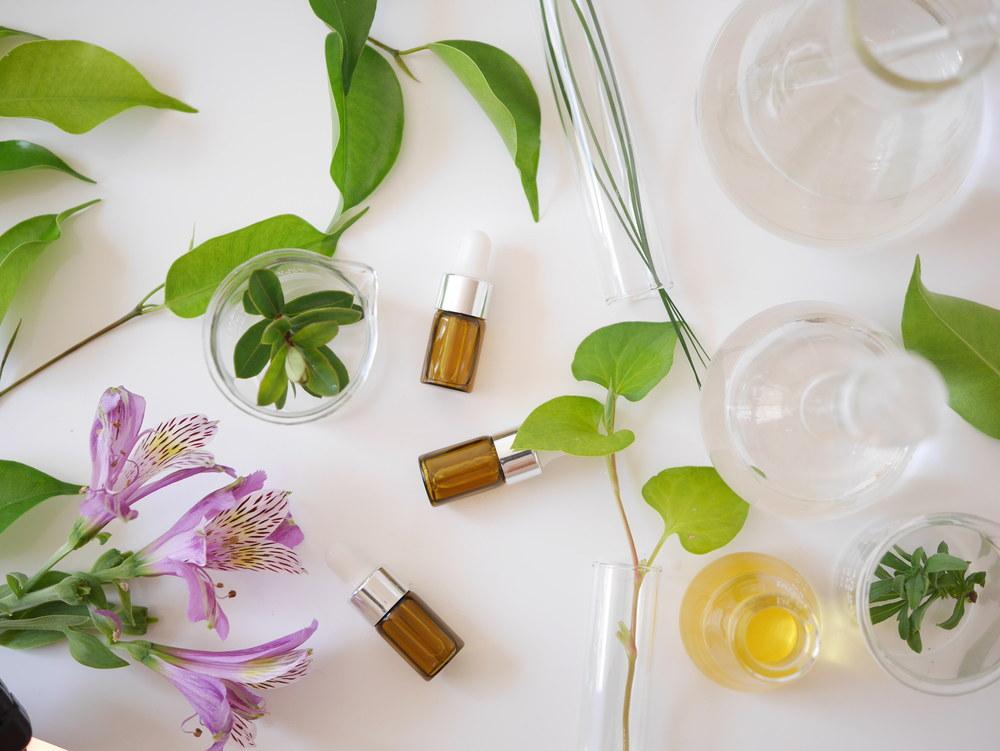 jak dbać o skórę wrażliwą i skłonną do alergii