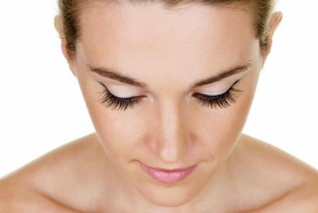 sztuczne rzęsy - makijaż oczu