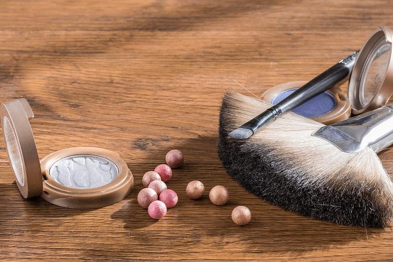 kosmetyki puder w kulkach